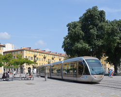 FRANCE: NICE TRAMWAY T2